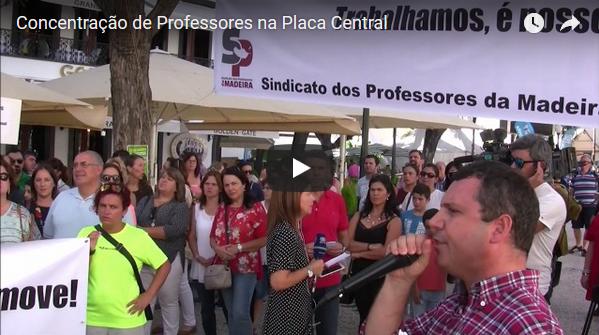 Concentração de Professores na Placa Central – Não nos roubem o tempo de serviço!