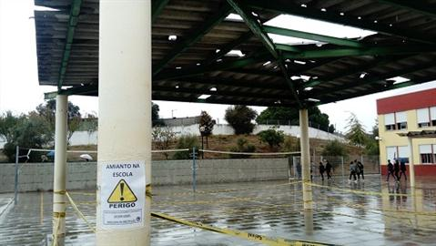 Pela remoção total do amianto das escolas públicas